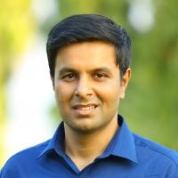 Dr. Vikram Gidwani